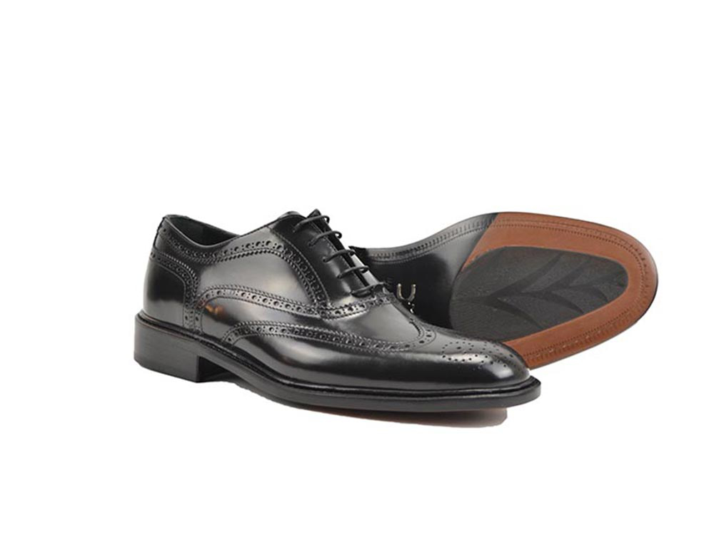 men oxford wing brogue in in black shiny leather