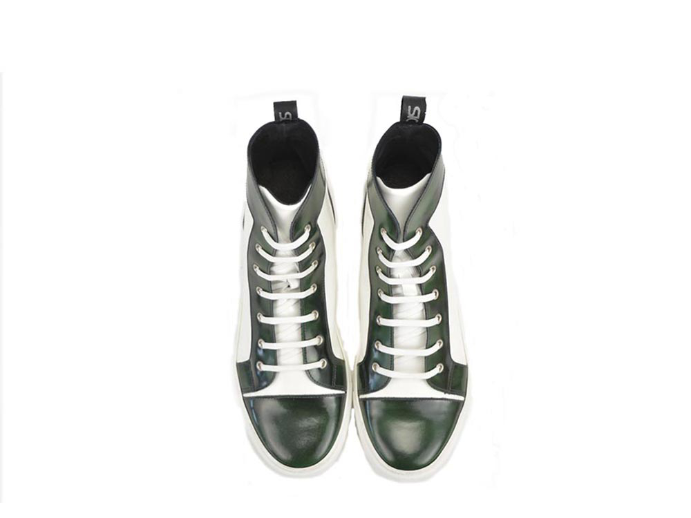 high top sneakers in green polished  leather and white shiny