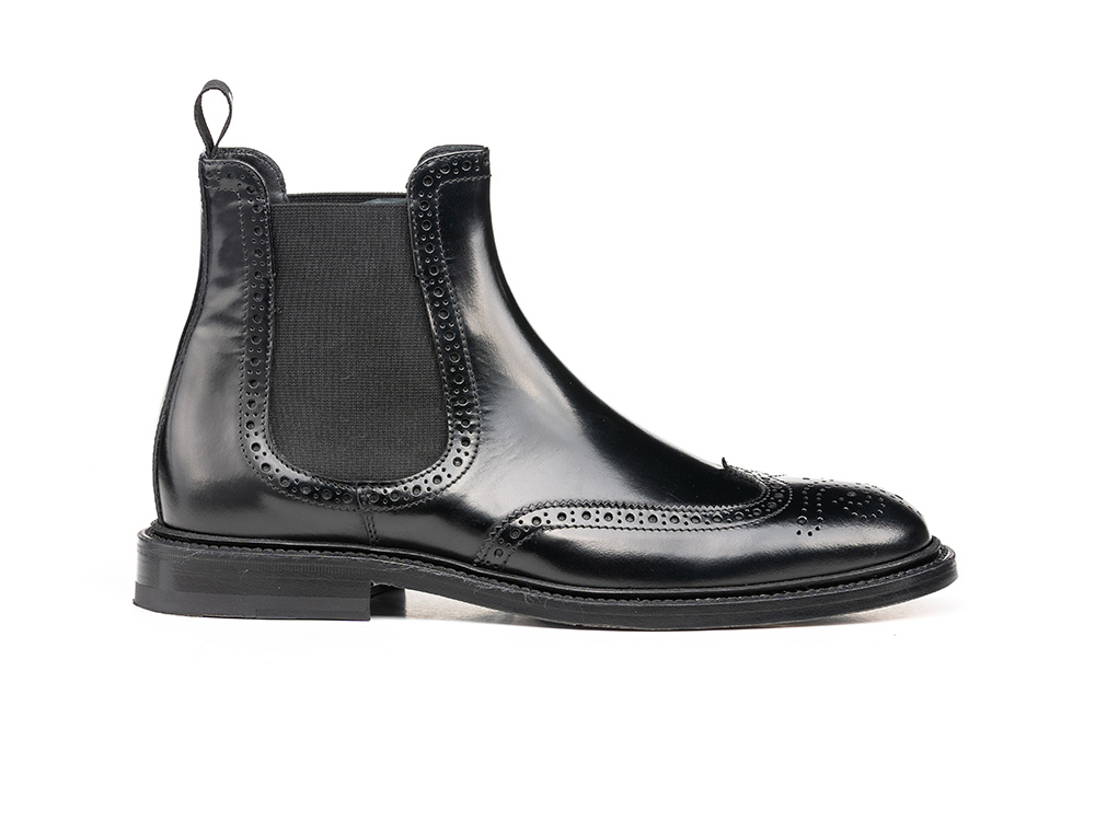 black shiny leather women chelsea wing brogue boot