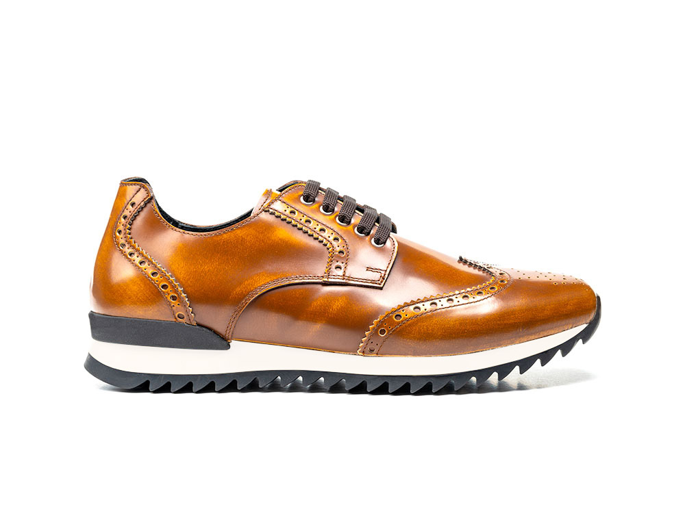 derby running polished tan