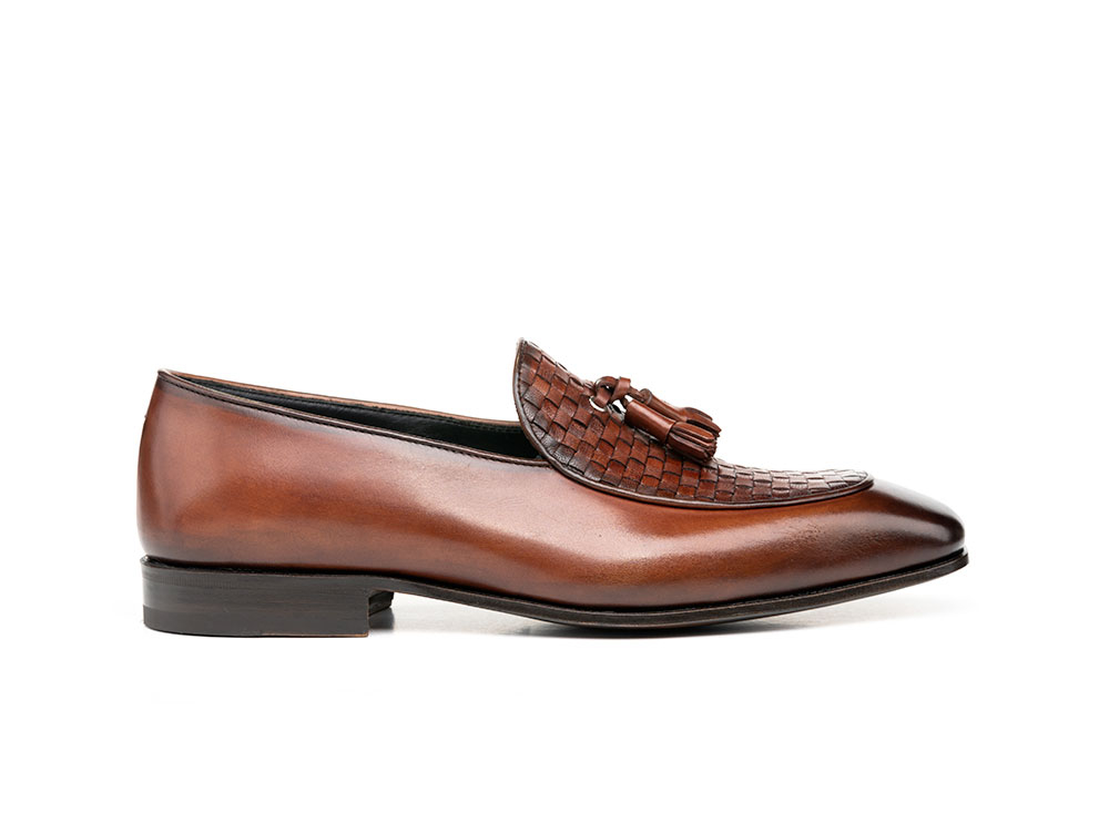 brown calf crust leather men tassel moccasin
