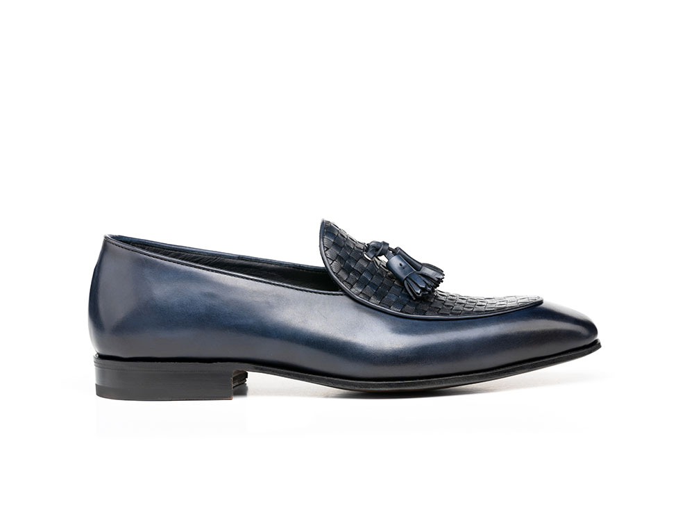 mocassino con nappina calf crust blu scuro
