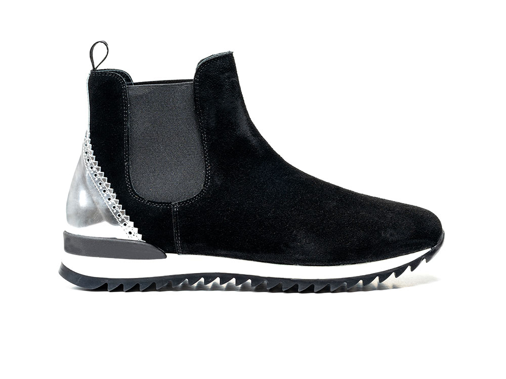 chelsea boot running suede black shiny laminated silver
