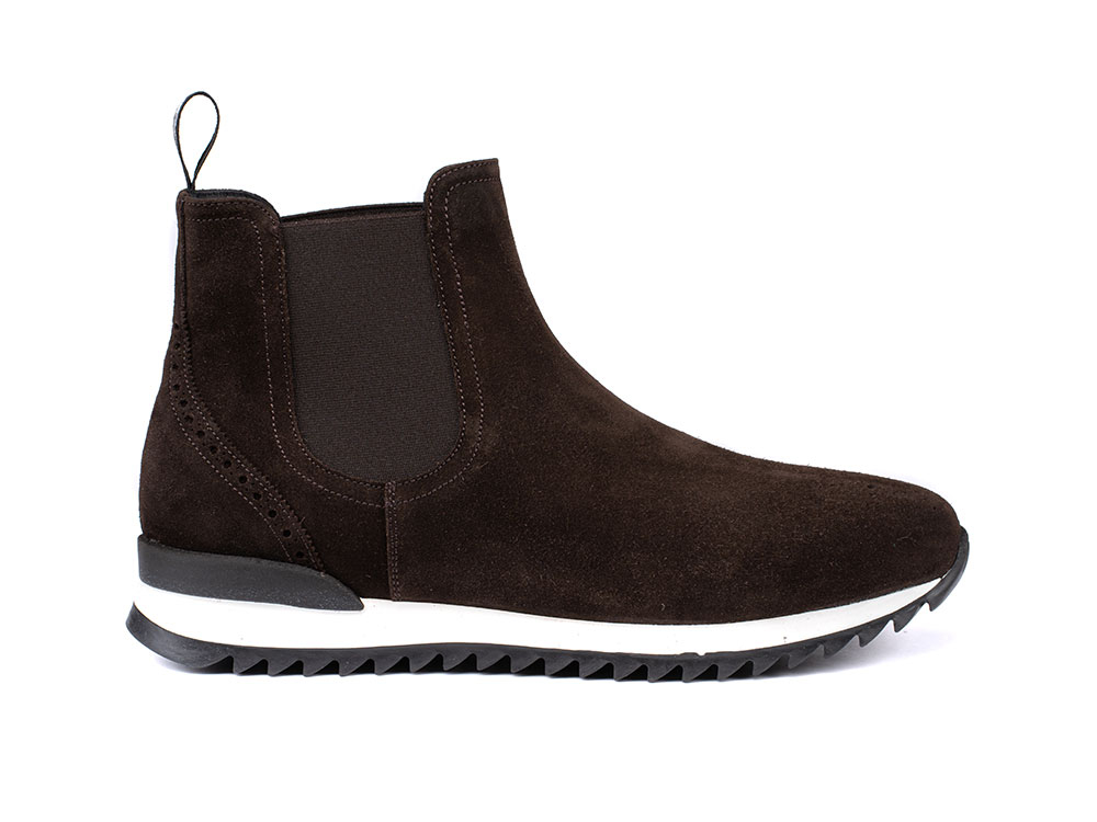chelsea boot running suede coffee
