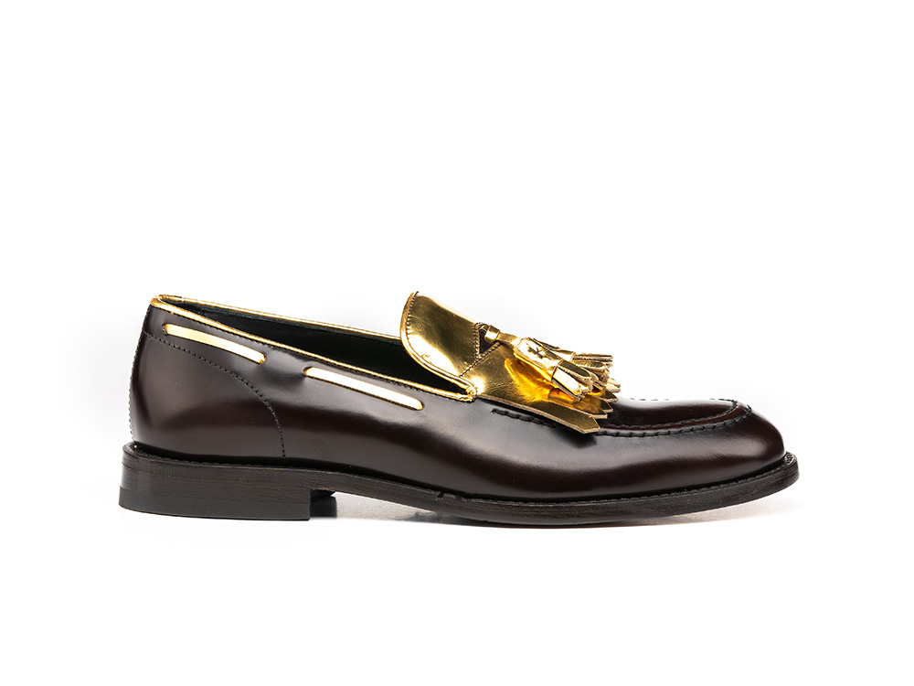 coffee polished gold shiny leather woman tassel loafer