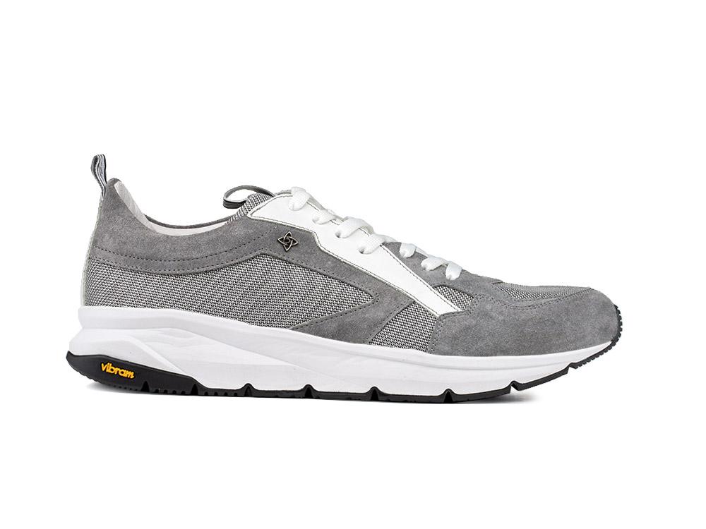 low top running suede grey and vibram sole