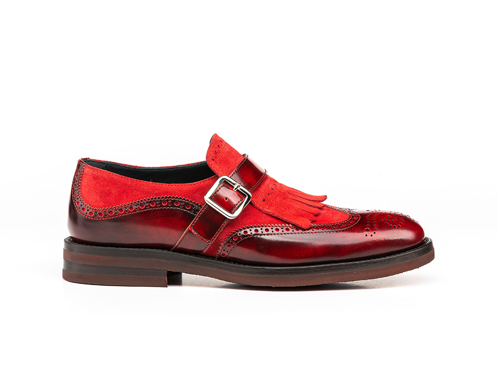 red polished suede woman fringe moccasin shoes