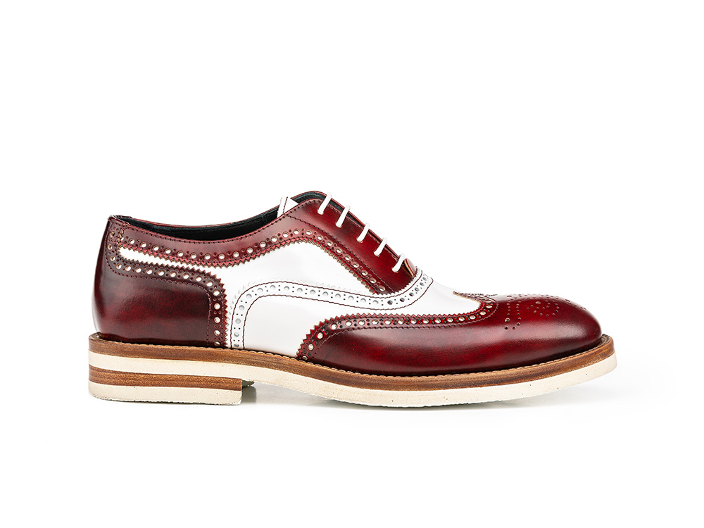 red polished white shiny leather woman oxford