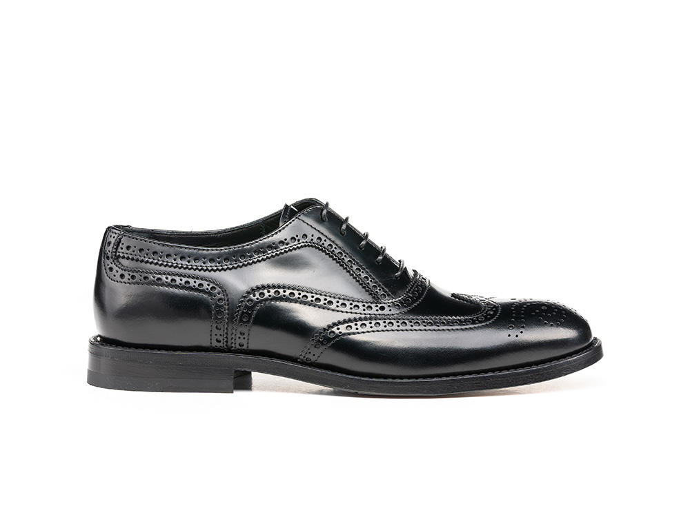 black shiny leather woman oxford wing brogue