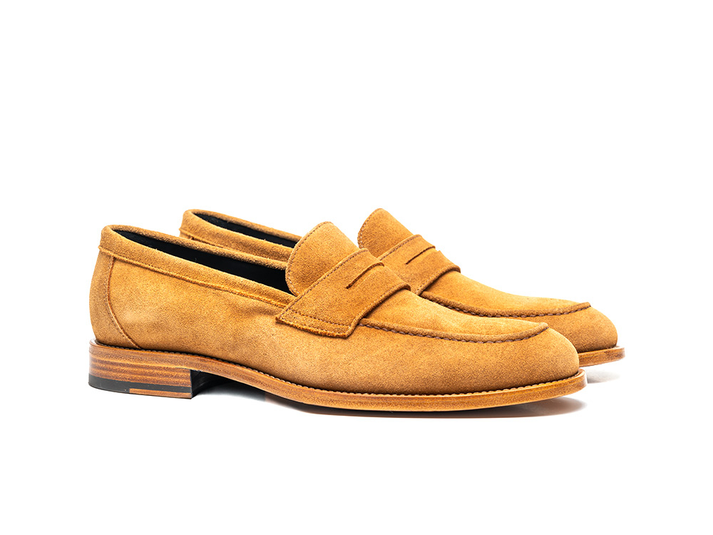 cola suede penny loafer